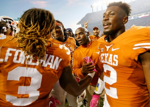 Report: Texas would reject a bowl bid if offered