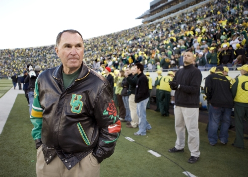 Oregon Ducks coaching search: Rich Brooks reflects on the 'different era' at UO