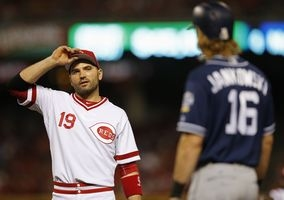 Joey Votto remains firm in commitment to Reds
