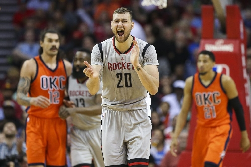 Donatas Motiejunas signs 4-year, $37 million offer sheet with Nets