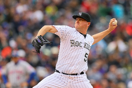 Jake McGee signs one-year, $5.9M deal with Rockies; club non-tenders Matt Carasiti, Stephen Cardullo