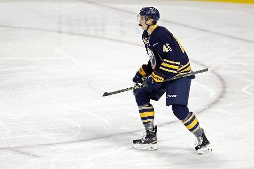 Sabres vs Bruins Preview: Guhle makes his debut