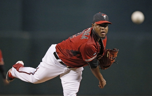 Ex-Boston Red Sox Rubby De La Rosa (traded for Wade Miley) non-tendered by Diamondbacks, becomes free agent