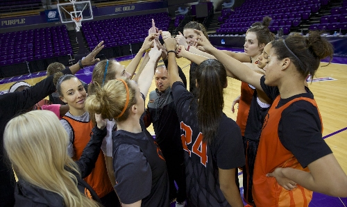 No. 24 Oregon State Beavers women beat BYU Cougars to win Maui Classic title