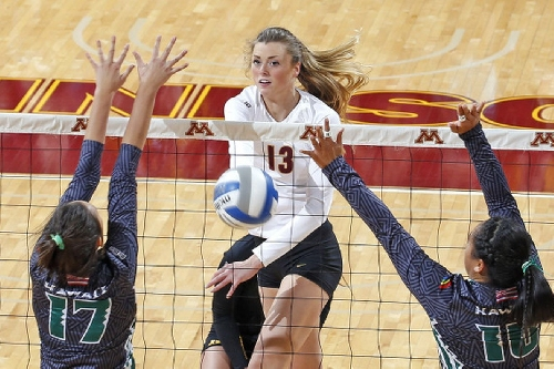 Minnesota Volleyball: Gophers Sweep Hawaii to Advance to Regionals