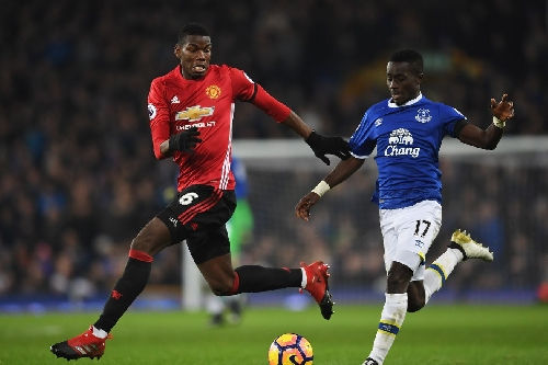 Everton 1-1 Manchester United: Toffees rescue late draw from penalty spot