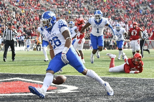 Georgia Tech to play Kentucky in TaxSlayer Bowl
