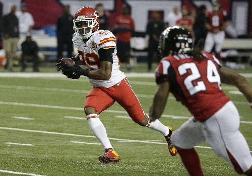 Chiefs' Eric Berry plays hero in homecoming with pick-six, game-winning score