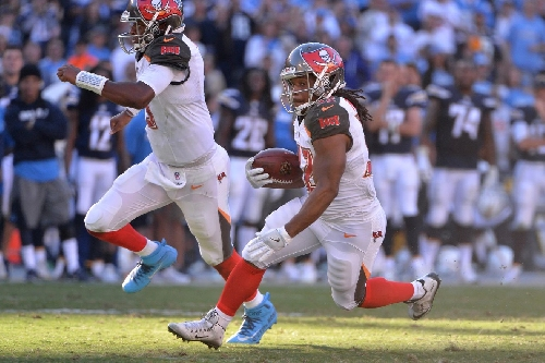 NFL Playoff Picture: Buccaneers in drivers' seat for wild card spot