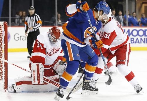 DeKeyser scores 1:02 into OT, Red Wings beat Islanders 4-3 The Associated Press