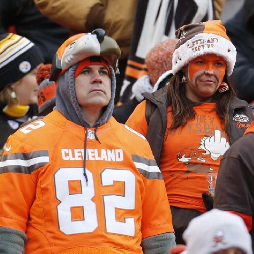 Marla Ridenour: As 'Only In Cleveland' reaches extinction, 'That's So Browns' moments of 2016 season pile up