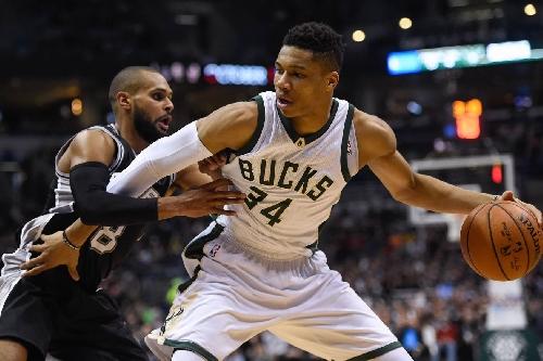 Game Preview: San Antonio Spurs at Milwaukee Bucks