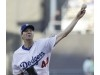 Dodgers make it official, re-signing Rich Hill
