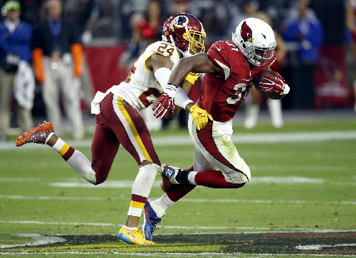 Young Cardinals back David Johnson joining elite company The Associated Press
