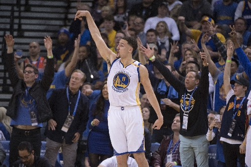 Klay Thompson scores 60 in three quarters as Warriors rout Pacers
