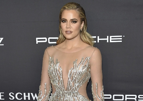 Khloe Kardashian fires back at Cavaliers fan with vulgar tweet