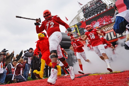 Louisville Football Recruiting: Defensive Lineman Ben Hutch Commits