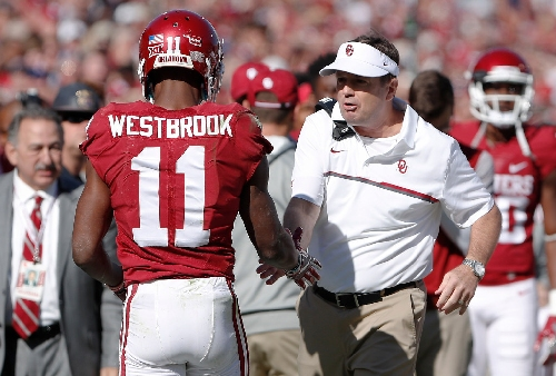 Oklahoma lands seven on AP All-Big 12 first team; Bob Stoops named Coach of the Year