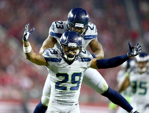 Seahawks bring back Jeron Johnson to help replace void left by Earl Thomas injury, also sign FB Marcel Reece