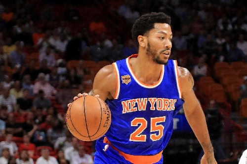Derrick Rose left tonight's game with back spasms