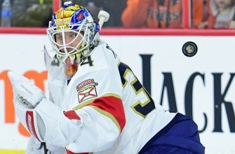 Panthers finish up long road trip with OT loss to Flyers