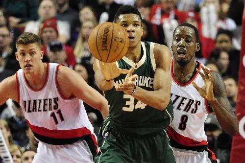 Bucks vs. Blazers Preview: Damian Lillard and streaky Blazers swing into Milwaukee