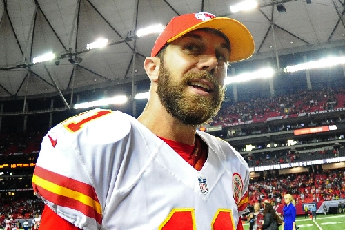 Alex Smith is the Chiefs Walter Payton Man of the Year nominee