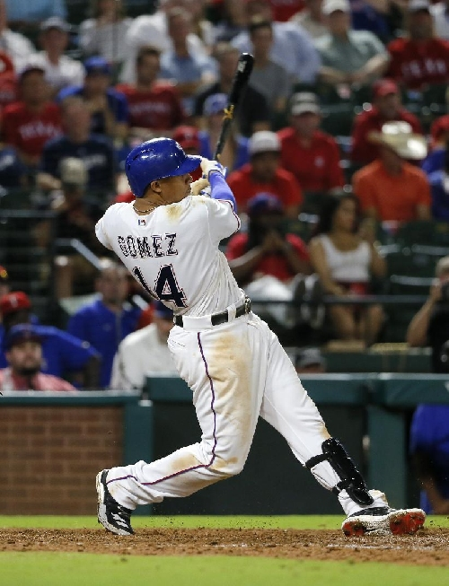 AP source: Gomez agrees to $11.5M deal to stay with Rangers The Associated Press