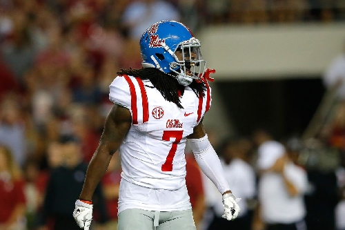 Browns sign former Ole Miss star Trae Elston