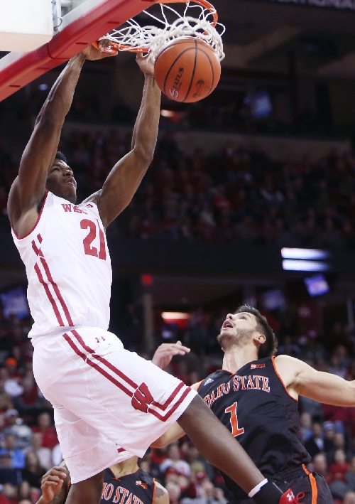 Badgers men's basketball: No. 17 Wisconsin routs Idaho State for fourth straight win