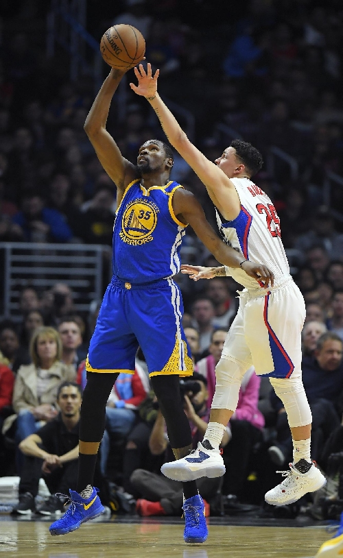 Warriors rout Clippers 115-98 for 7th straight win over LA The Associated Press