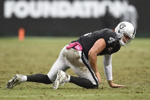 Raiders' Derek Carr isn't a good fantasy play versus Chiefs