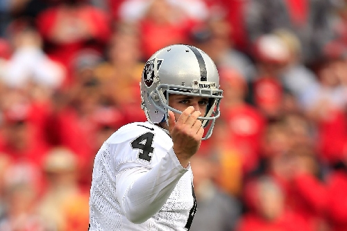 Derek Carr hears what you say to him, Chiefs fans