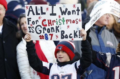 Arizona Wildcats in the NFL: Gronk's season is done, placed on IR