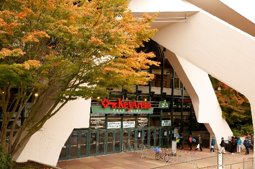 Ex-Seahawks and UW executive Lance Lopes, ICON firm hired to oversee proposed KeyArena bid