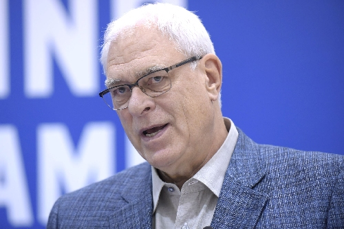 Phil Jackson's the boss: It's time he starts acting like one
