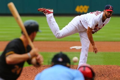 Cardinals news and notes: Fowler, Wong, hot stove