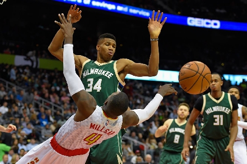 Bucks vs. Hawks Preview: Milwaukee hopes to continue home cooking vs. Dwight Howard and Co.