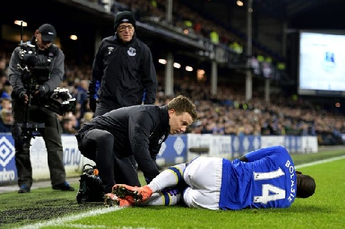 Everton Royal Blue podcast - Will Bolasie be missed? The Holgate conundrum and are Everton's players listening anymore?