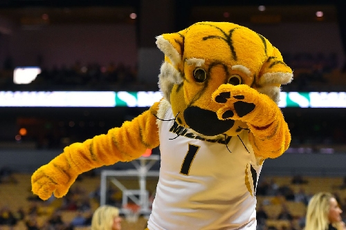 Sonoran Hot Reads: Mizzou giving away Chick-Fil-A breakfast before Arizona game