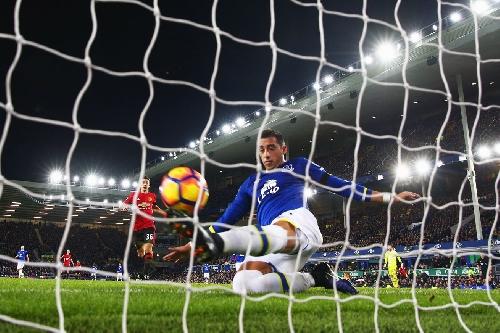 Everton defender Funes Mori wants more