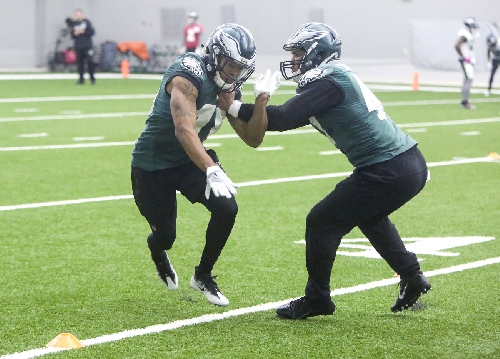 Eagles injury report: Who's playing, who's not?