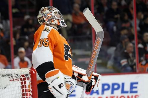 Flyers goaltender Steve Mason recognized with Number 1 Hockey Boy honor