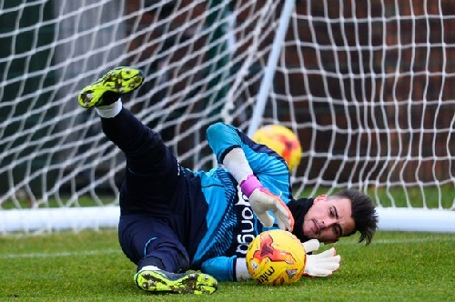 Rafa Benitez opens up on tough choice of who plays in goal with FOUR keepers in contention