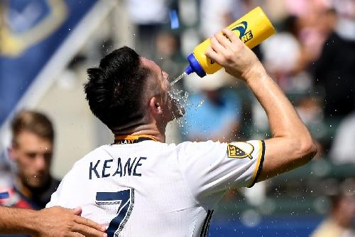 Robbie Keane appears on TMZ, jokes about LA Galaxy