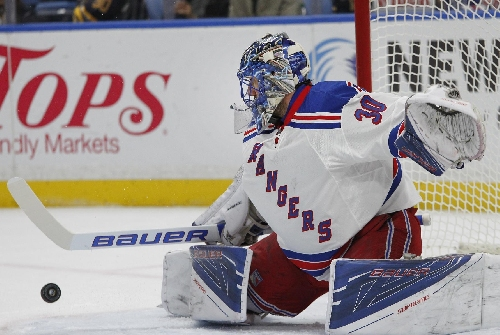 Raanta starts 2nd straight game; Lundqvist on Rangers bench The Associated Press