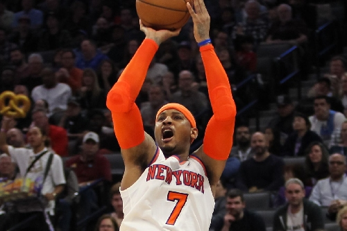 Knicks 103, Kings 100: Scenes from a chippy, crazy West Coast win