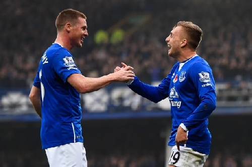 Everton team news: Deulofeu and McCarthy in for the Blues at Watford