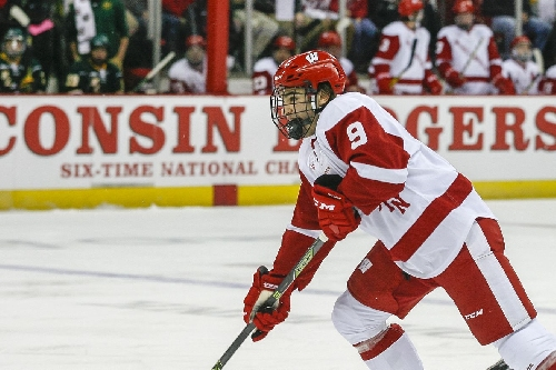 Wisconsin men's hockey blitzes Michigan in Big Ten opener