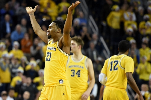 Michigan vs. UCLA: Wolverines hit the road against red-hot No. 2 Bruins